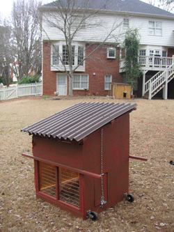 Small chicken coop plans small chicken house plans online for Small chicken house plans